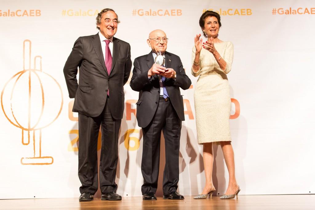 2017-01-30 CAEB NdP Premio Empresario del Año 2016 01